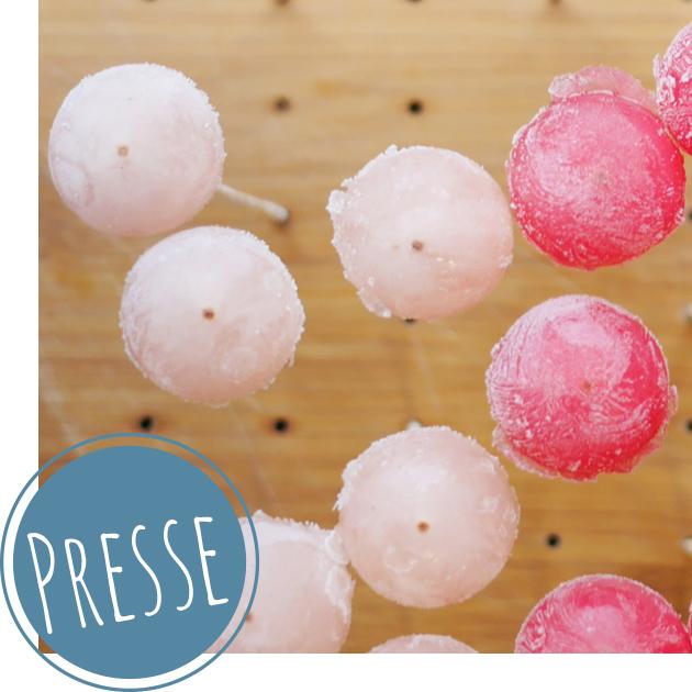 Getränke mit Frozen-Lollipops