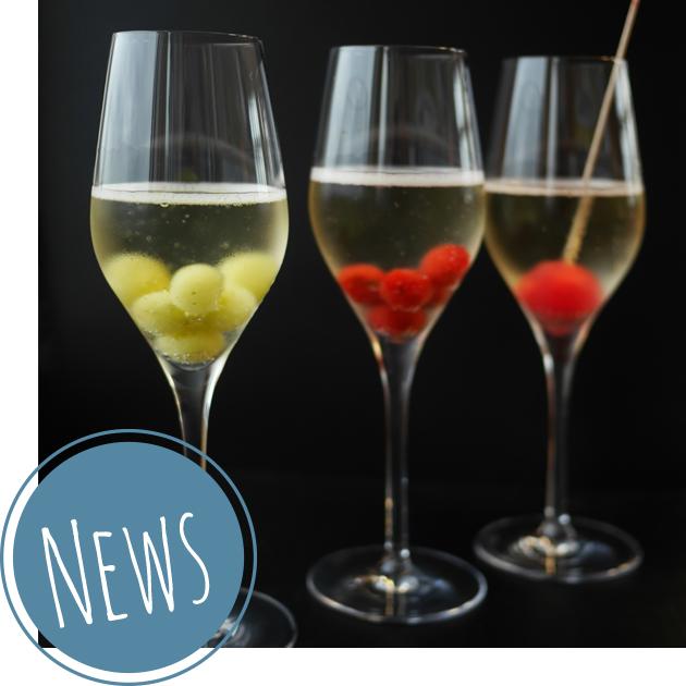 Eiskalt und spritzig: Getränke mit bunten Frozen-Lollipops veredeln